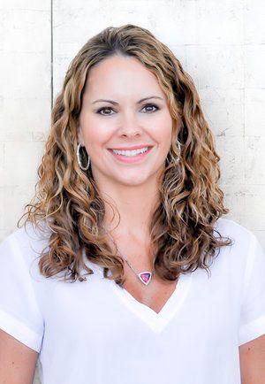 Jennifer Ravenstein, N.P.